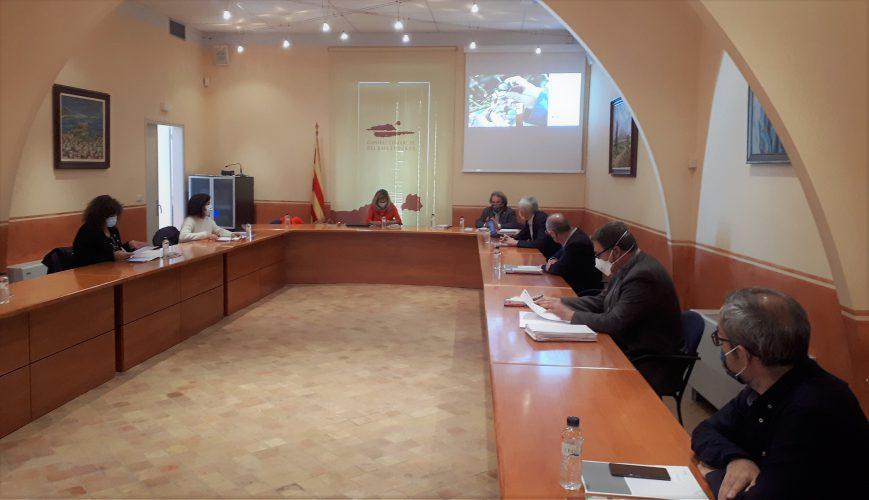 Reunión de los asistentes a la II Mesa Institucional de las Comarcas de Girona